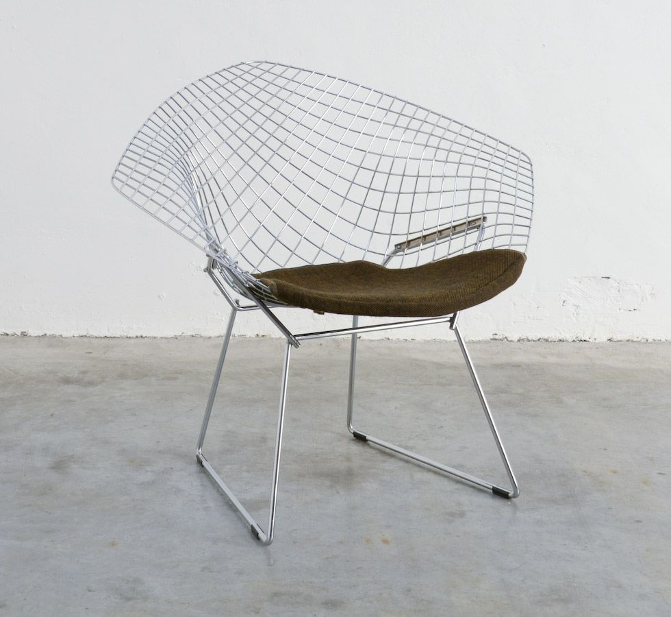 Attractive Bertoia Diamond Chair By Harry Bertoia 1952