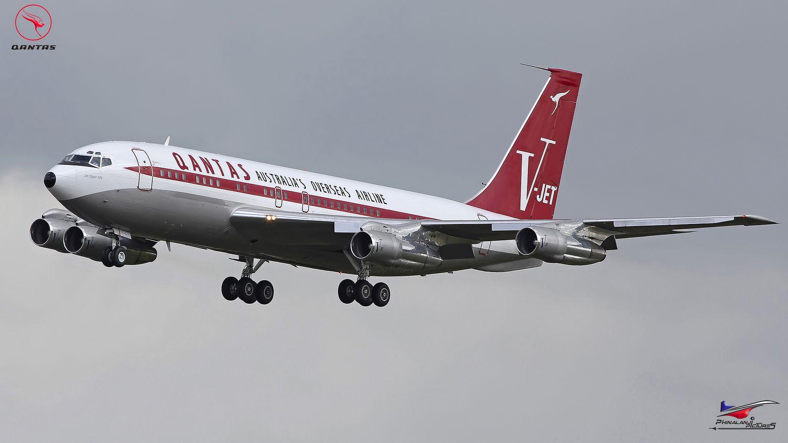 Qantas Boeing 707 138b N707jt John Travolta S Boeing 707 Boeing 707 Aircraft Boeing