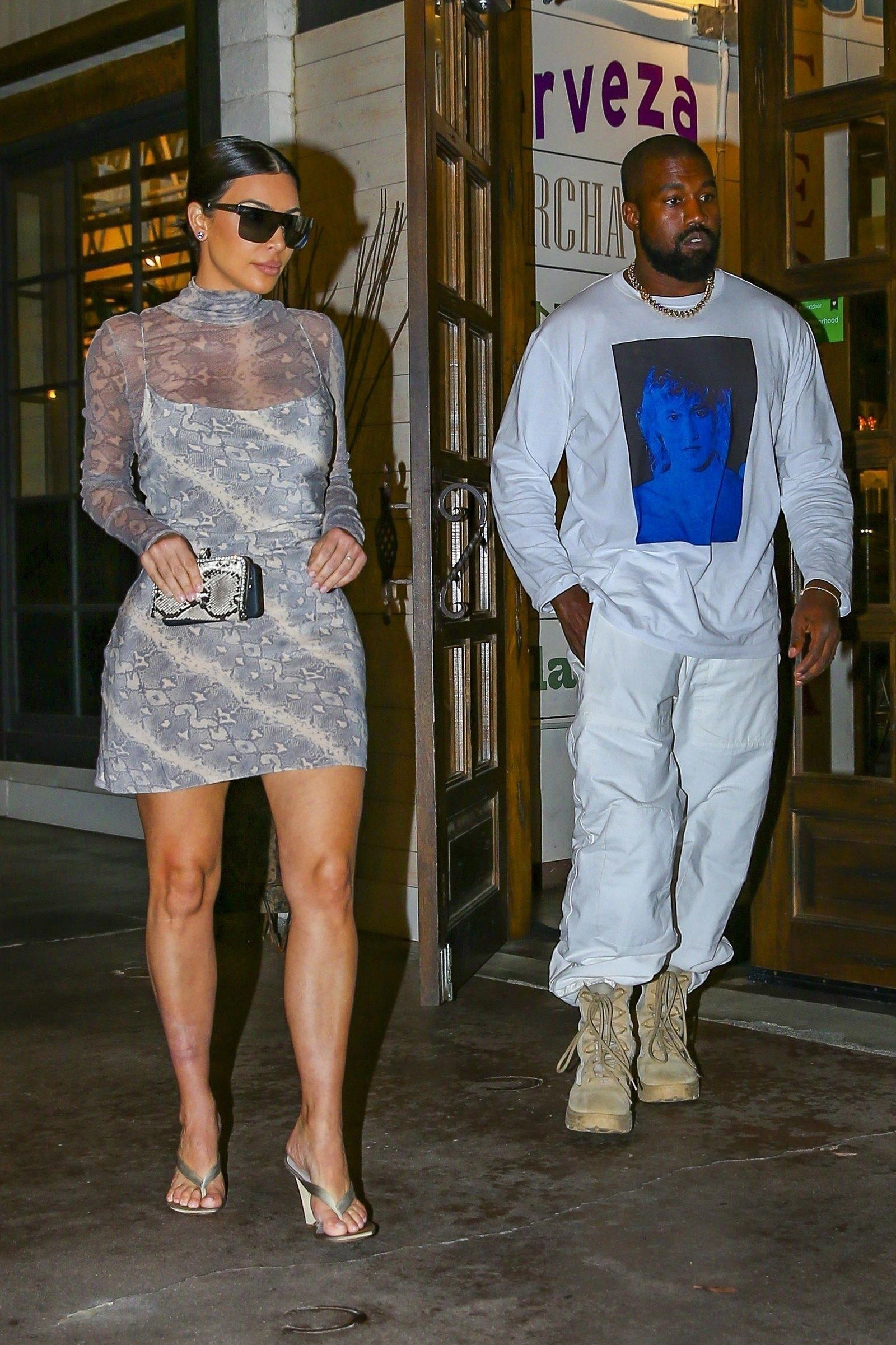 Kim Kardashian And Kanye West Up Their Date Night Style Game Kim Kardashian And Kanye West Up Their Date Night In 2020 Fashion Kim Kardashian Outfits Kim Kardashian
