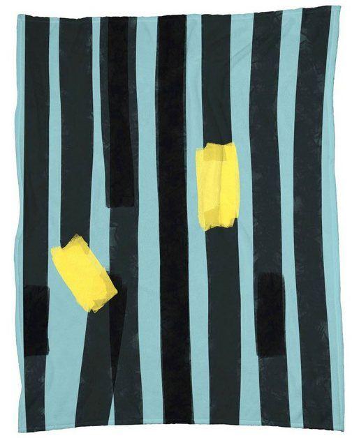 Wohndecke Black Stripes Juniqe Sehr Weich Und Kuschelig Online Kaufen Leinwand Leinwandbilder Wohndecke