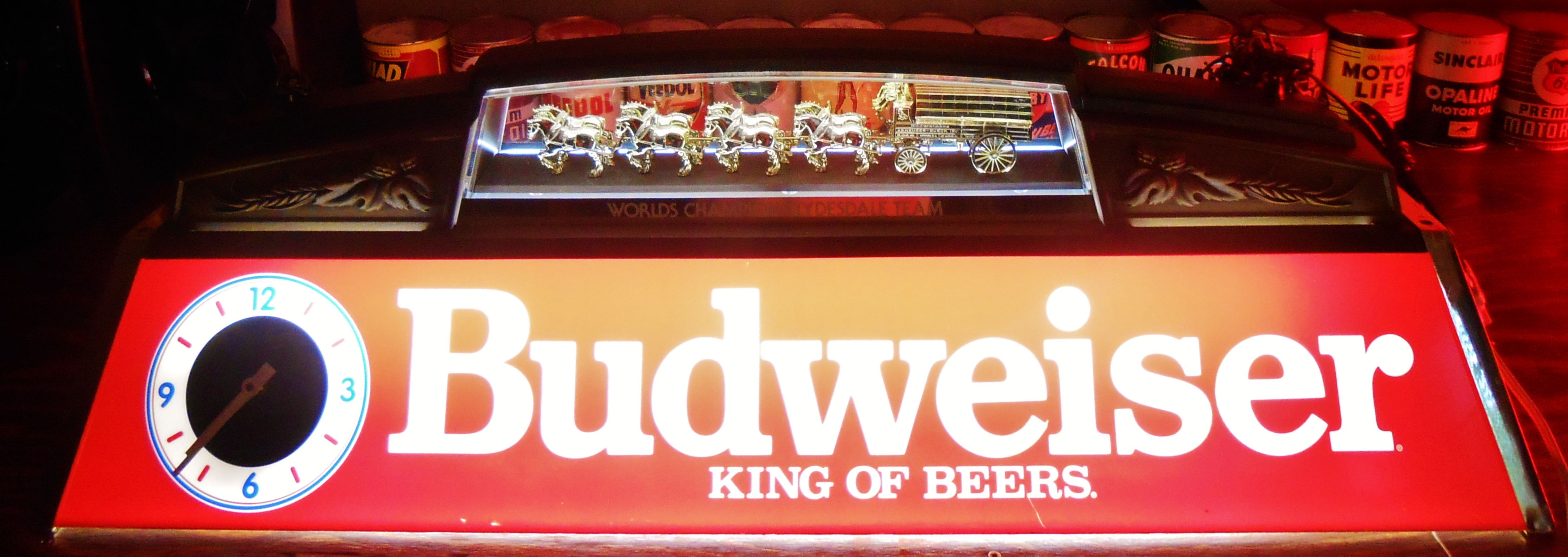 Rare BUDWEISER KING OF BEERS CLYDESDALE WAGON TEAM LIGHTED POOL - Budweiser clydesdale pool table light