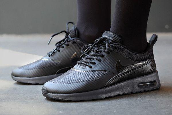 reputable site 4e426 01688 Nike Air Max Thea « Triple Black »