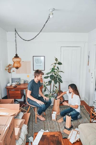 Studio Apartment Venice Ca canyon coffee owners ally and casey filling bags of coffee in