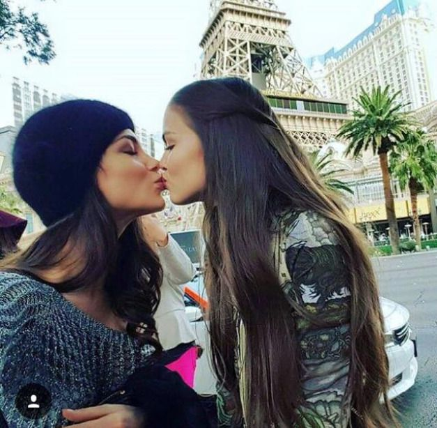 All clear, girls kiss lesbo russian with you