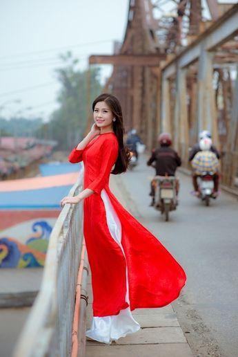 Chọn áo dài sành điệu như phái đẹp Sài thành hình ảnh 9