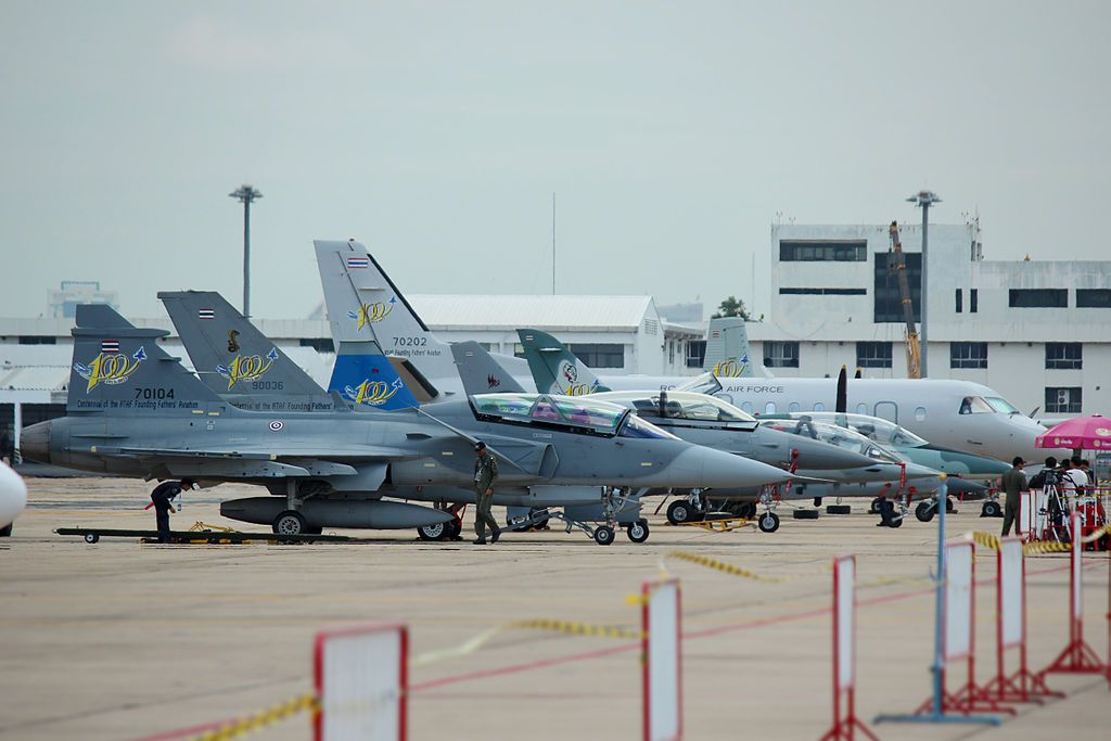 Rtaf All Flighter : Jet 39 Gripen, F-16 - Royal Thai Armed