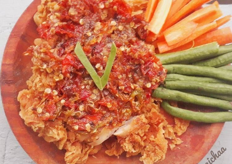 Resep Ayam Geprek Kekinian Ala Bensu Oleh Icha Andira Resep Di 2020 Resep Ayam Resep Ayam