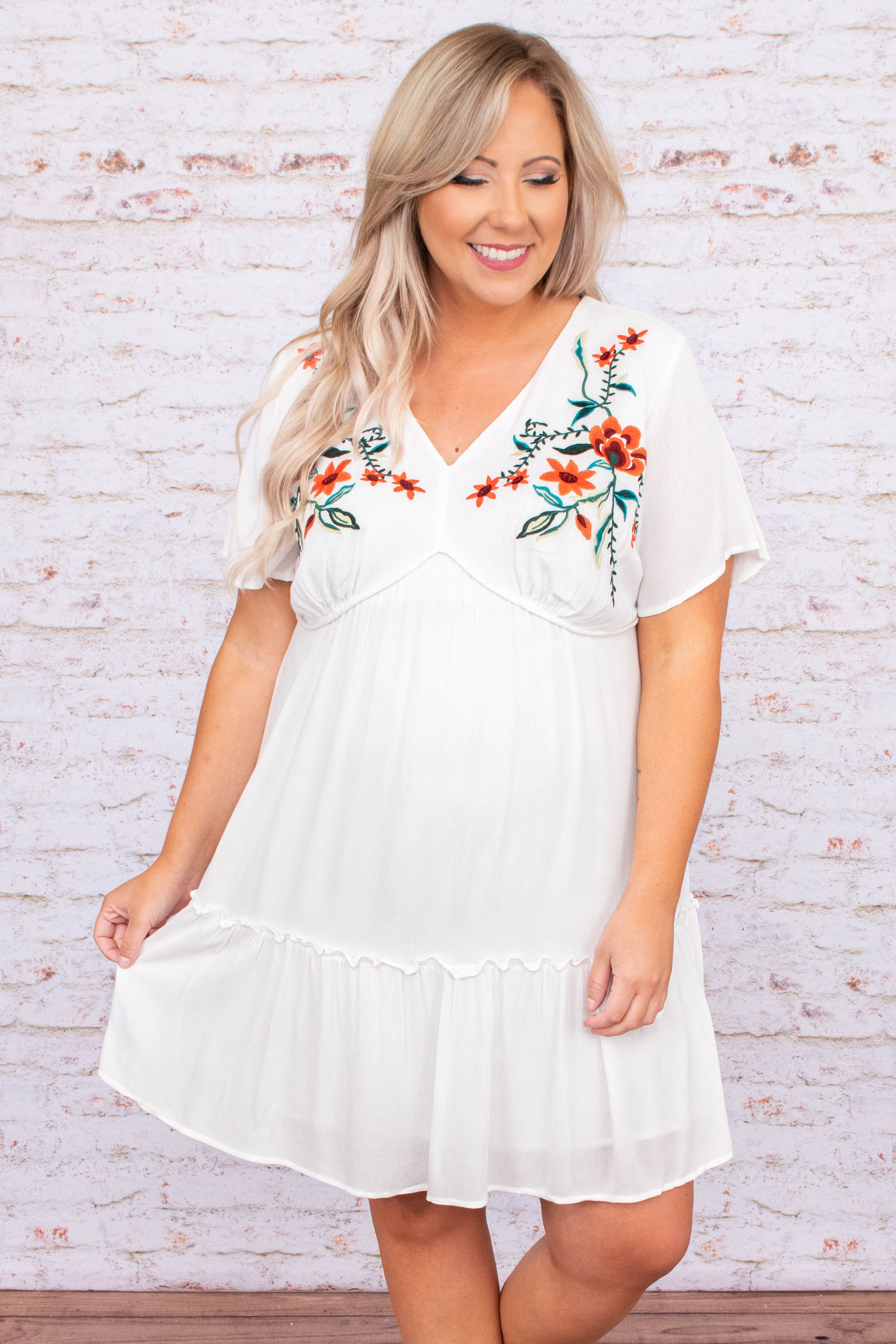 See The Results Dress Off White 3x In 2021 Plus Size Boutique Dresses Plus Size Summer Dresses White Embroidered Dress [ 3000 x 2000 Pixel ]