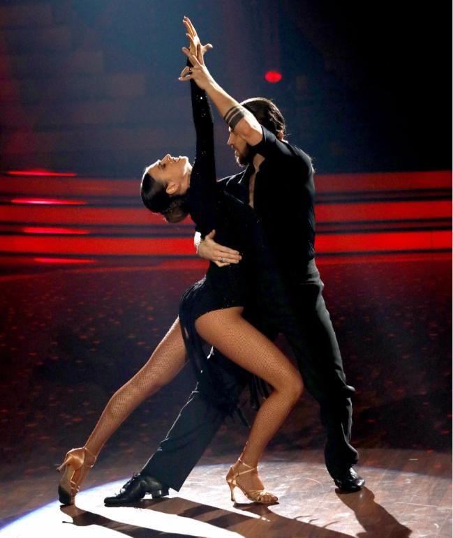 Affäre Mit Lets Dance Partnerin Das Sagt Gil Ofarim Zu Den