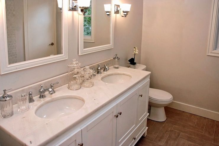 Peachy Lux Decor Bathrooms Greige Walls Greige Bathroom Home Interior And Landscaping Mentranervesignezvosmurscom
