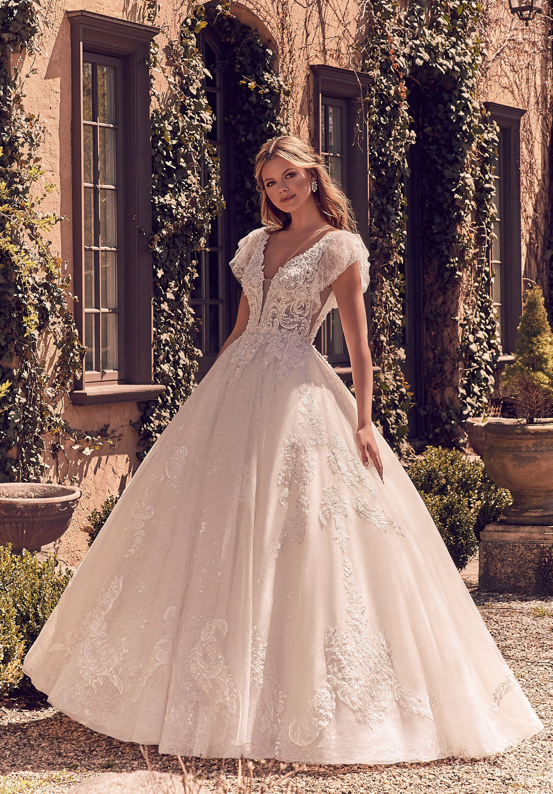 Https Morilee S3 Amazonaws Com Wp Content Uploads 2019 05 16150748 2097 1093 Jpg In 2020 Unusual Wedding Dresses Bridal Dresses Cheap Wedding Dress