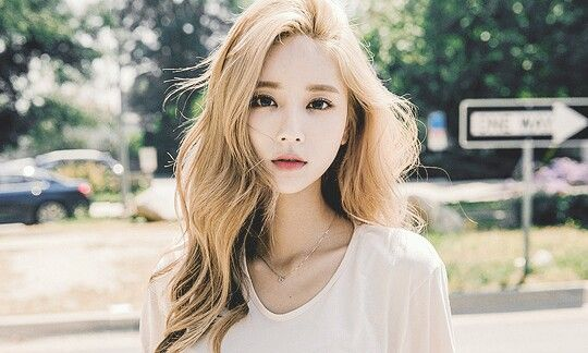 Korean Blonde In 2019 Blonde Hair Girl Blonde Hair Korean