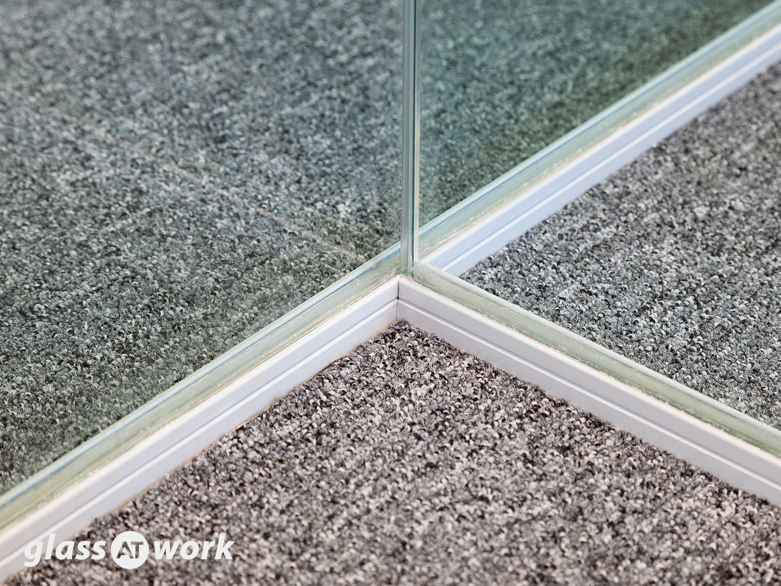 30 00 To 30 30 Fire Rated Frameless Glass Partitioning Glass