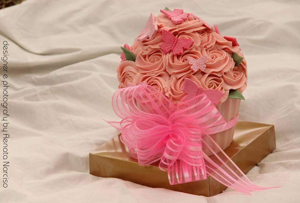 Cupcake gigante Jardim de rosas (Rose Garden Giant Cupcake)