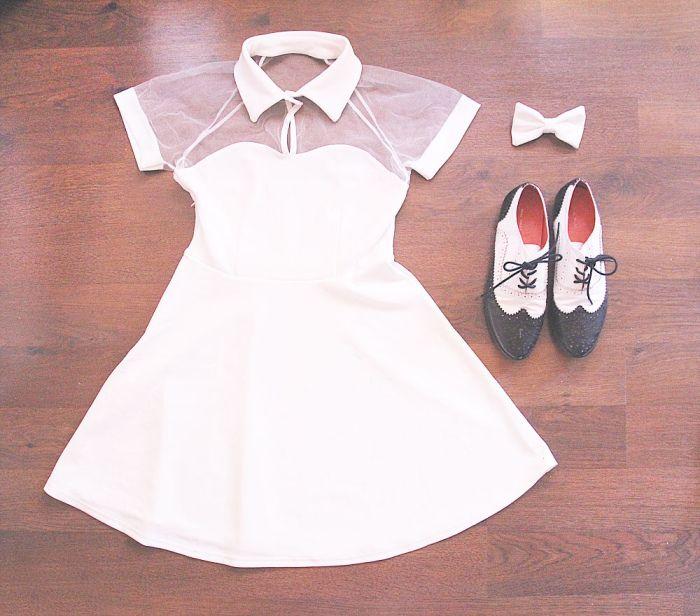Kjole fra sheinside her, sko fra kina og sløyfe fra american apparel. Hva syns dere?