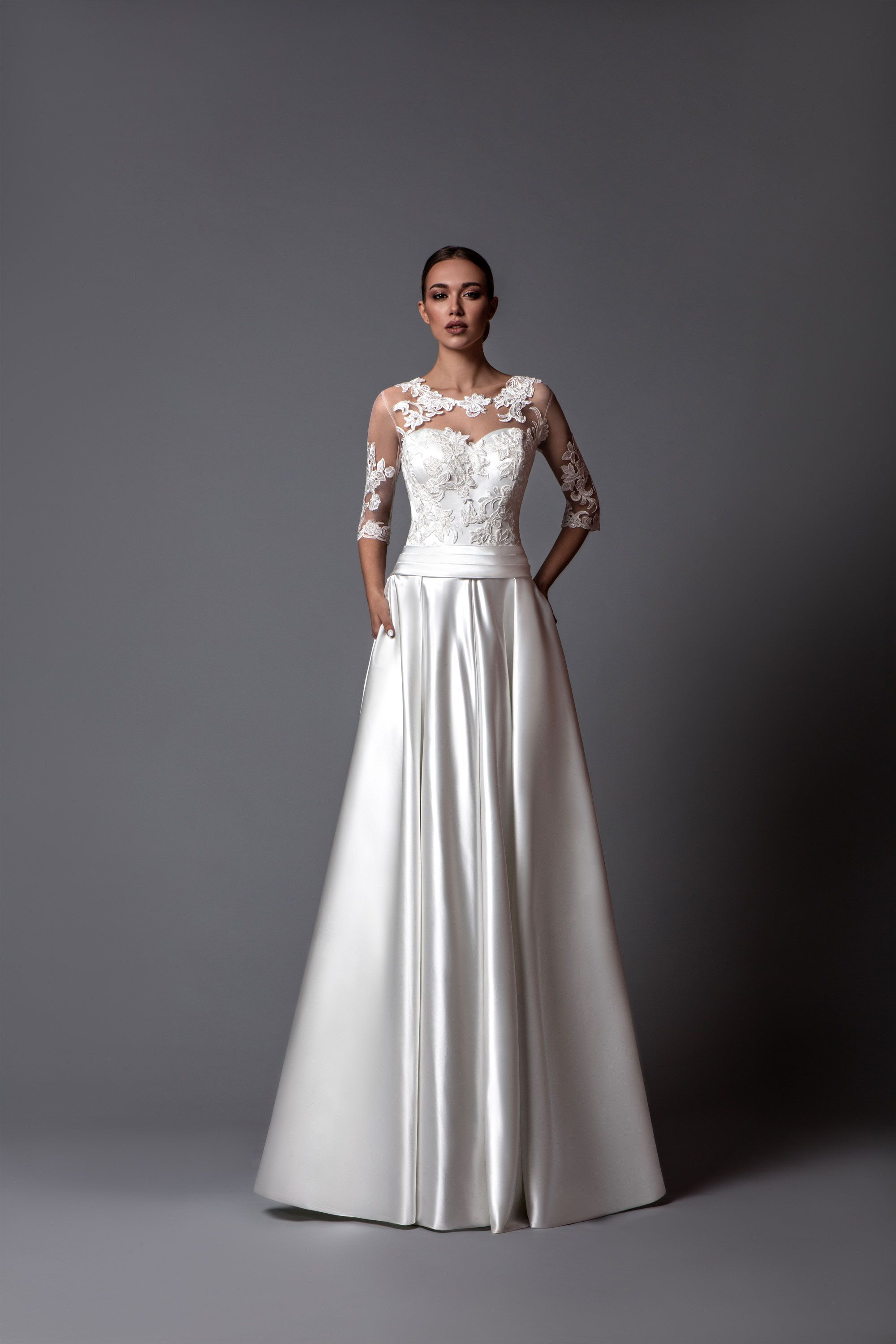 Delicate wedding dress madlen aline silhouette made of satin with