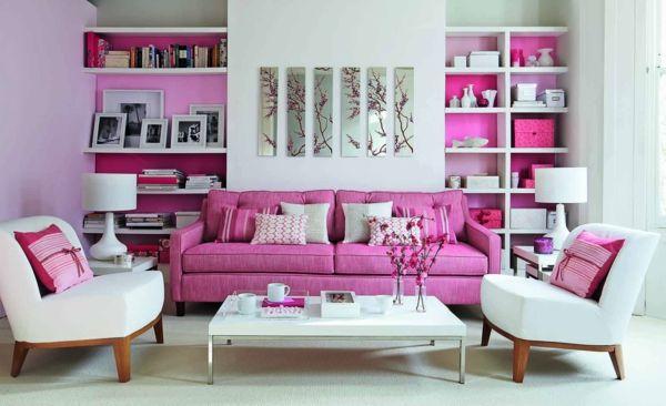pink sofa und weiße sessel im coolen wohnzimmer | Schreibtisch in ...