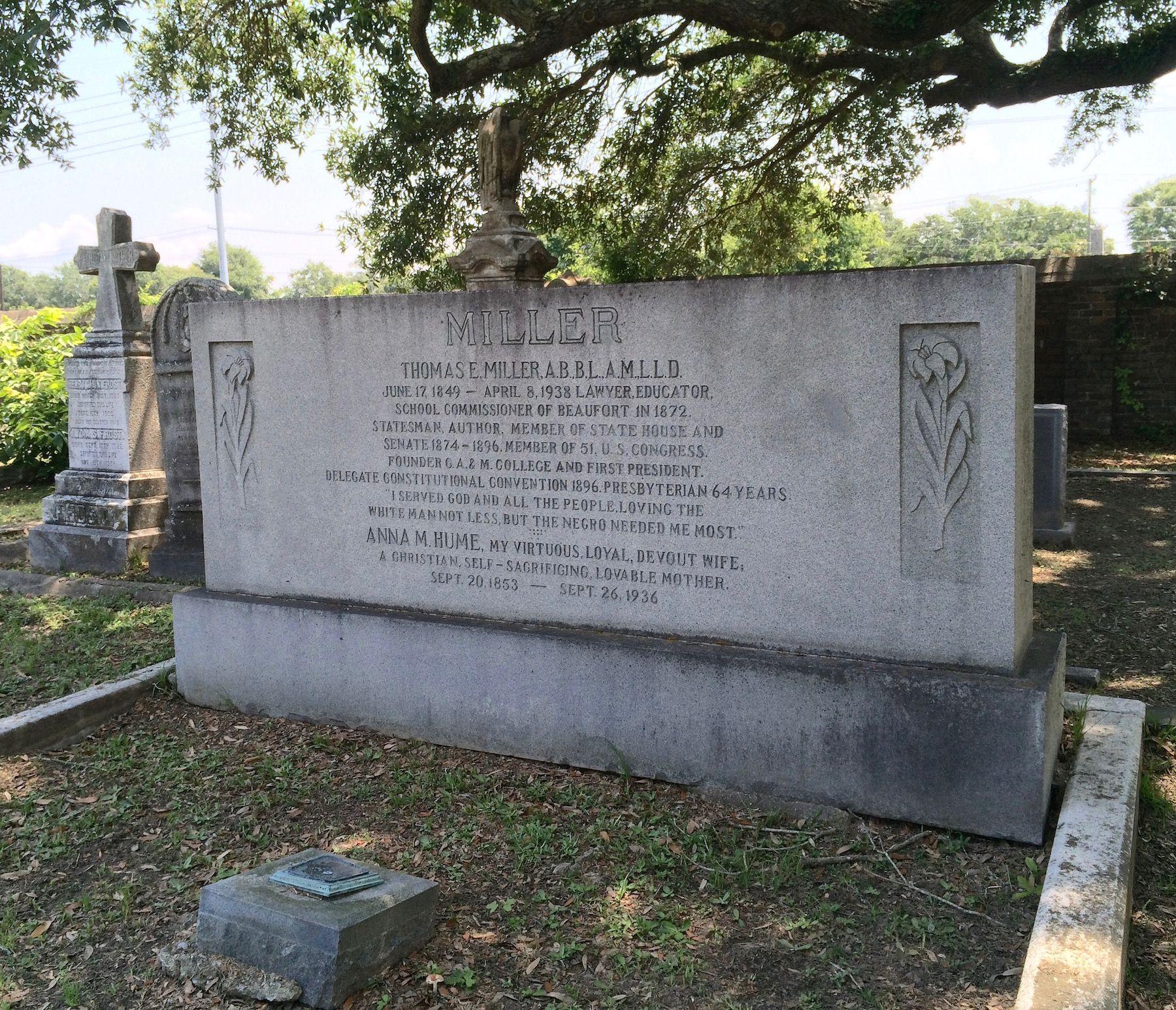 A World Apart: A Ramble Through North Charleston's Burial