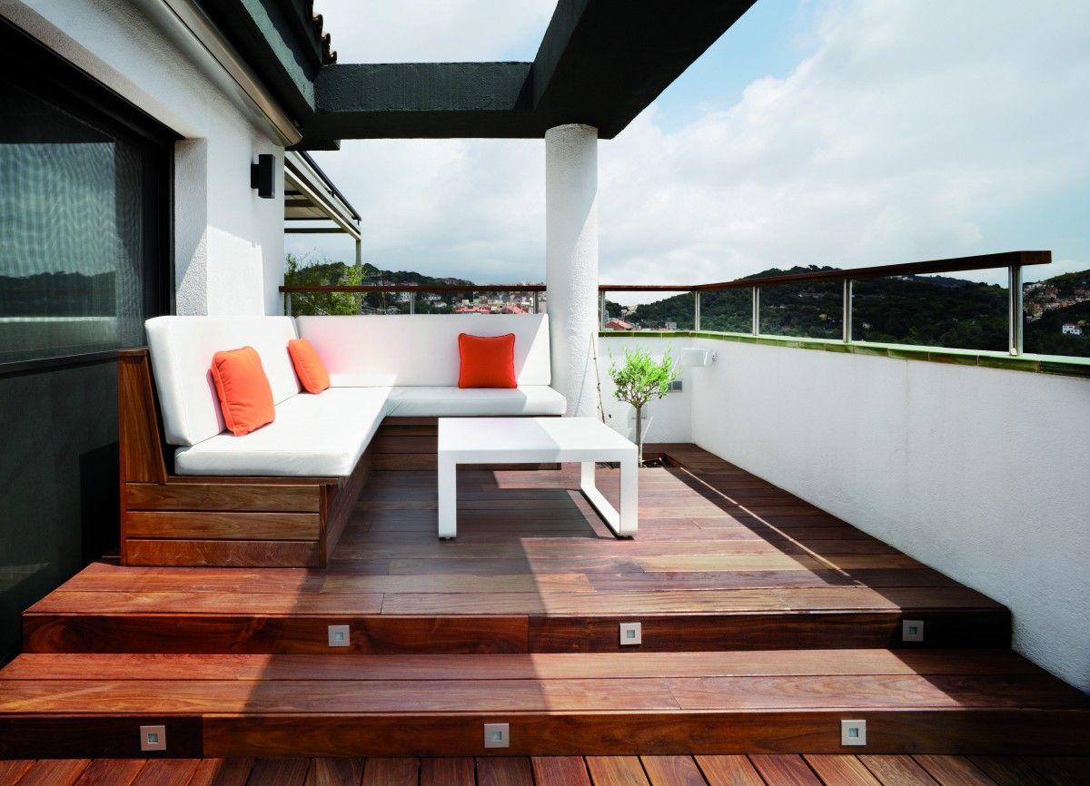 Un ático de diseño actual en la ciudad - Decorabien.com #exterior ...