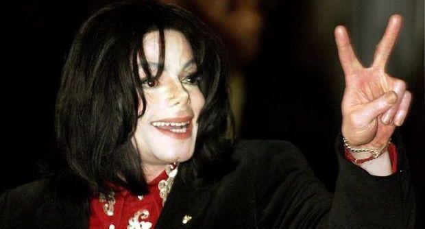 """Dopo le rivelazioni di Cascio nel libro """"Il mio amico Micheal"""", a tre anni dalla morte del Re del Pop, arriva un video inedito."""