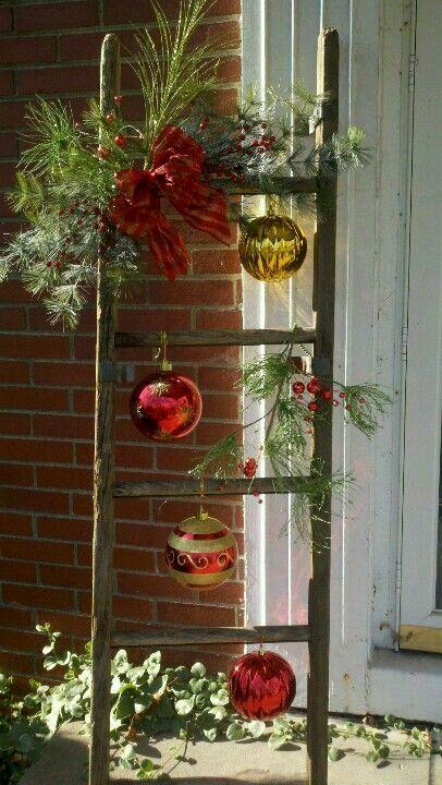 Usa tu imaginación para decorar de navidad el exterior de tu casa - decoracion navidea para exteriores de casas