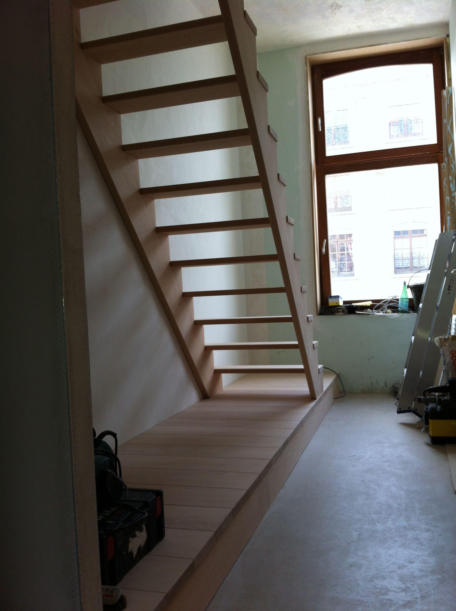 Escalier Hetre Blanc Avec Estrade Huy Con Imagenes Escaleras