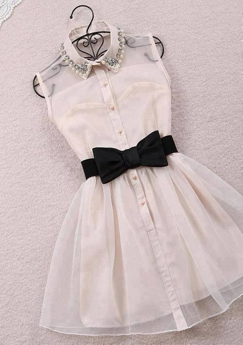Collared dress black and white short