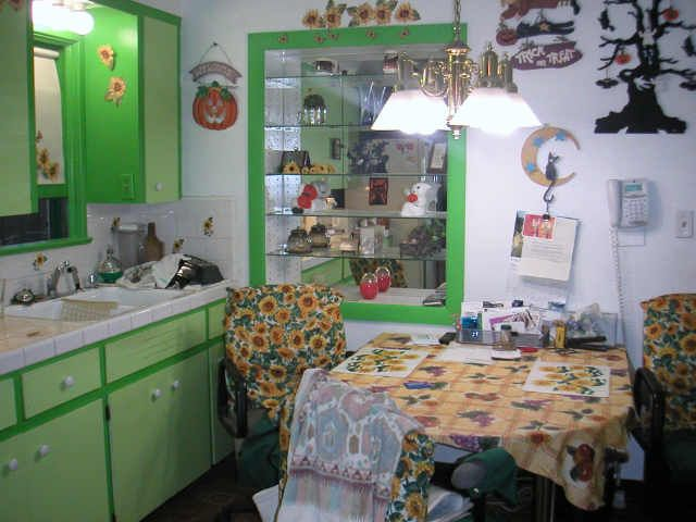sunflower kitchen decor halloween sunflowers cluttered kitchen bad mls photos ugly home house - Halloween Kitchen Decor