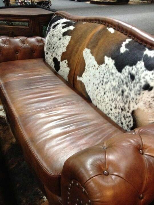 Herrliche Craigslist Leder Sofa Holen Sie Sich Eine Leder Couch Von Craigslist Free Dann Reapolster Es Southwestern Home Decor Cowhide Decor Cowhide Furniture