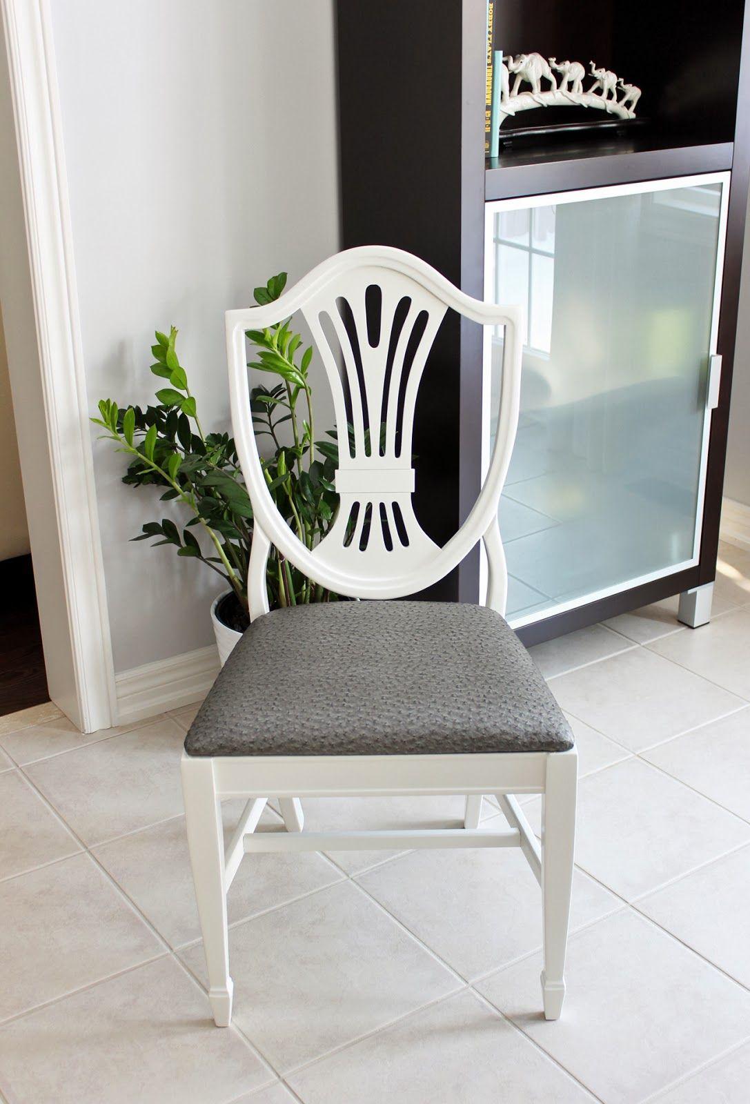 AM Dolce Vita: Antique Shield Back Chair Transformation #makeover #ostrich - AM Dolce Vita: Antique Shield Back Chair Transformation #makeover