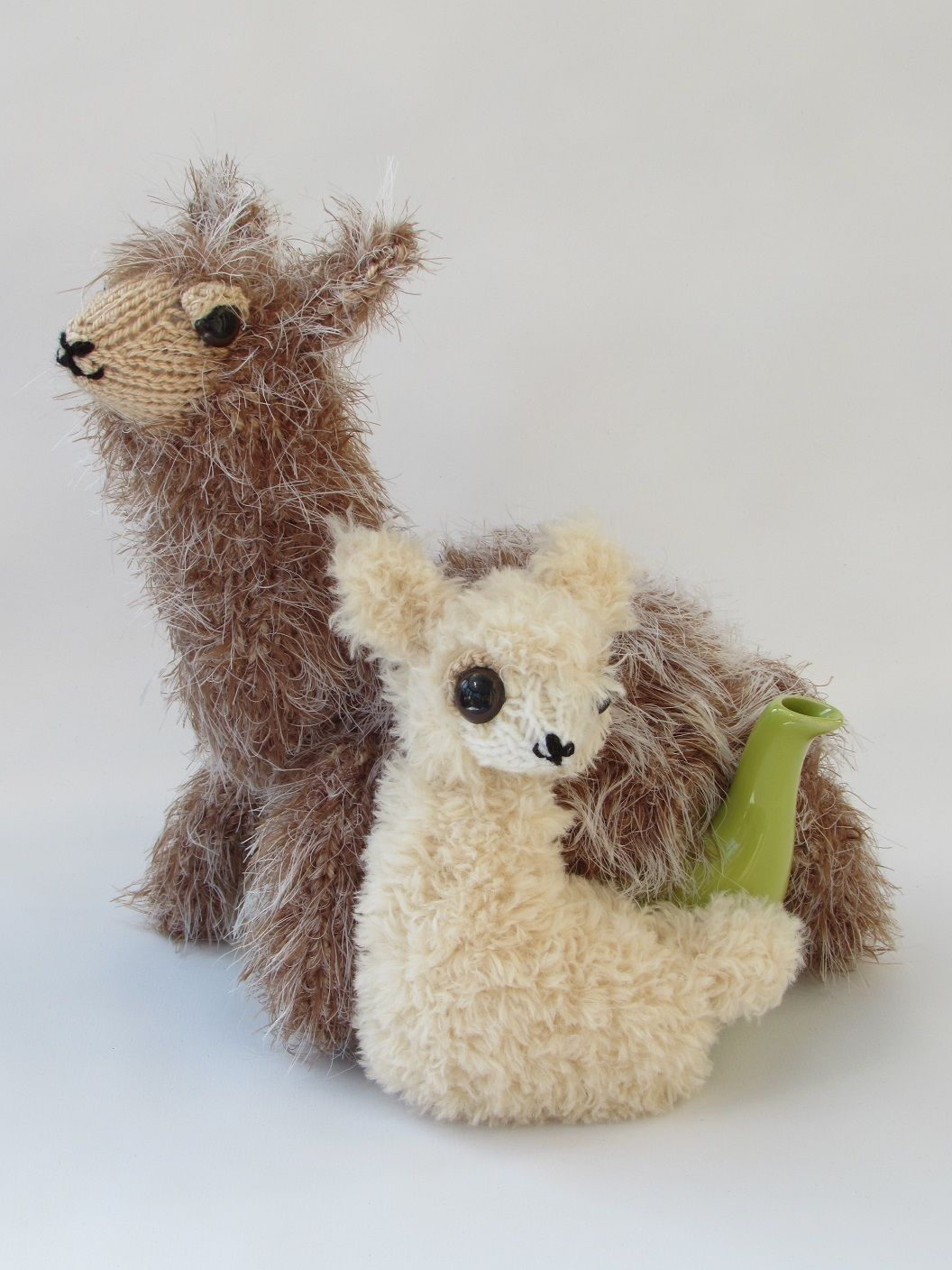 Alpaca and Baby tea cosy knitting pattern | knitting | Pinterest ...