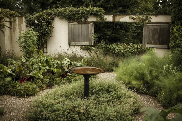 Ina Garten Hamptons the polished pebble: ina's garden in the hamptons   ~*garden