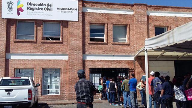 La Secretaría de Gobierno, a través de la Dirección del Registro Civil del Estado de Michoacán, aclara a los usuarios que no cuentan con página web, chat o similar para ...