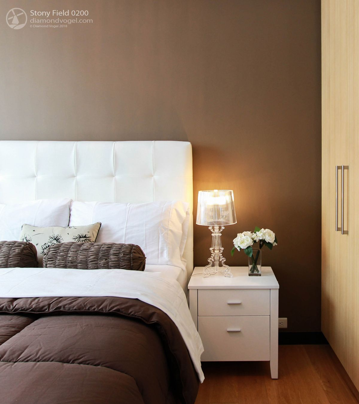 Neutral Brown Bedroom Paint Color 2019 Trending Stony Field 0200 Diamond Vogel Paint Bedroom Paint Colors Brown Bedroom Brown Paint Colors