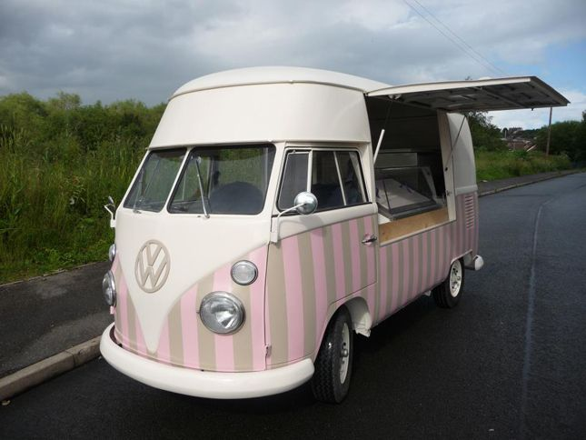 Un Combi Ice Cream Truck ! Delicious !