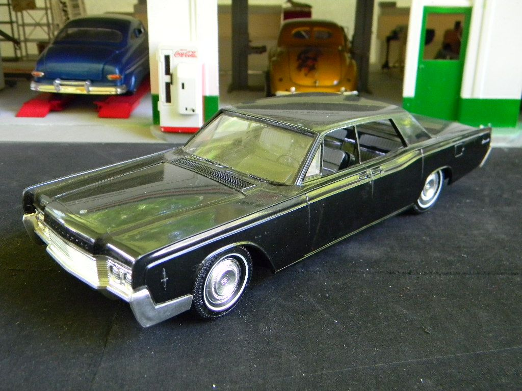 00171 1966 Lincoln Continental Car Model Lincoln Continental Diecast