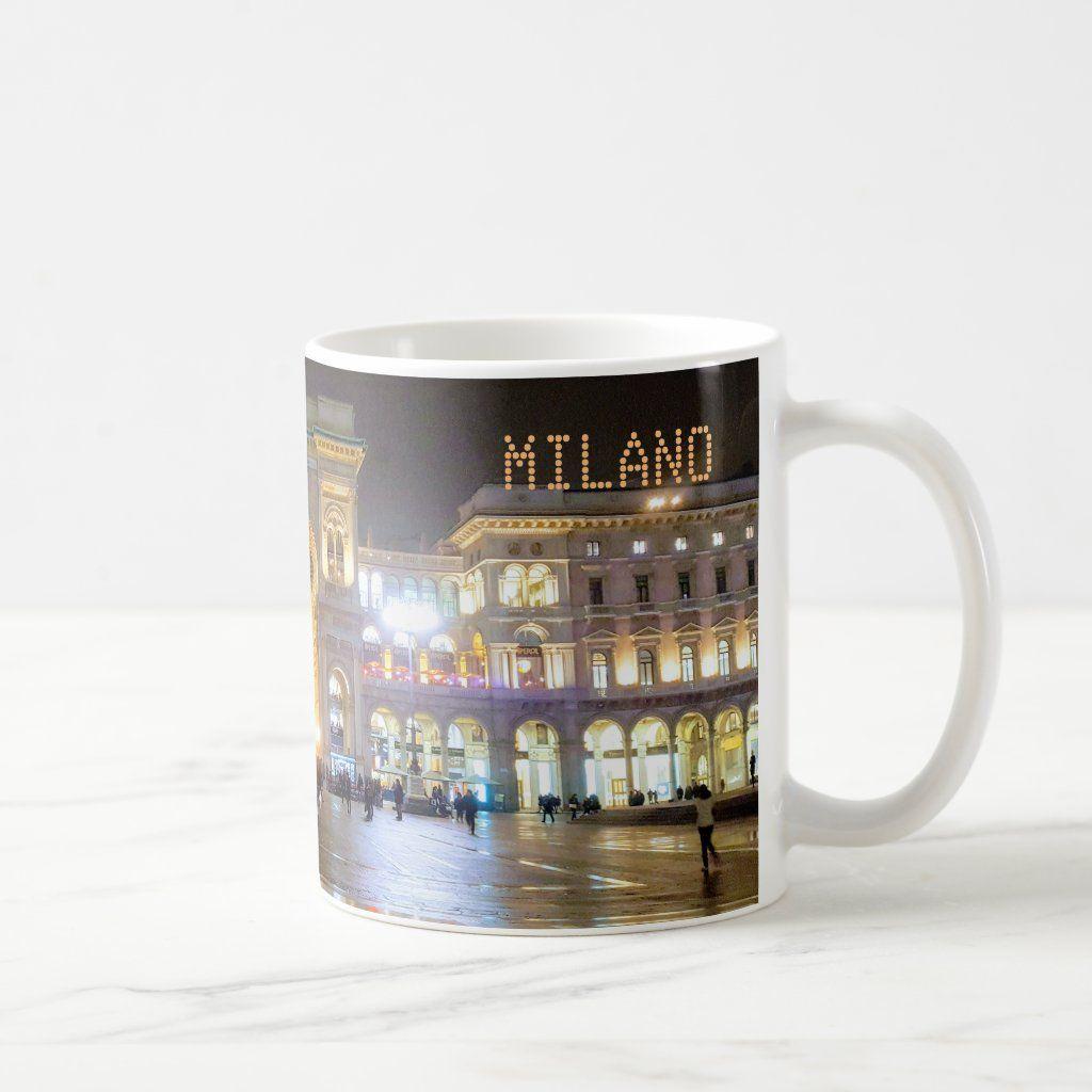 Tazzina da caff con il panorama di sera della Galleria Vittorio Emanuele di Milano