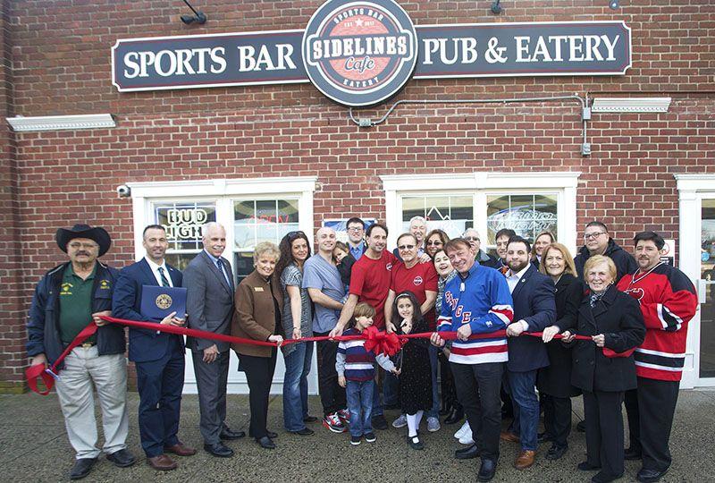 New Lindenhurst Sports Bar Sidelines Café by