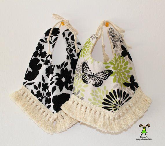 Bavoir pour bébé fille mode/boho/floral/papillon par Lilzoeymobile