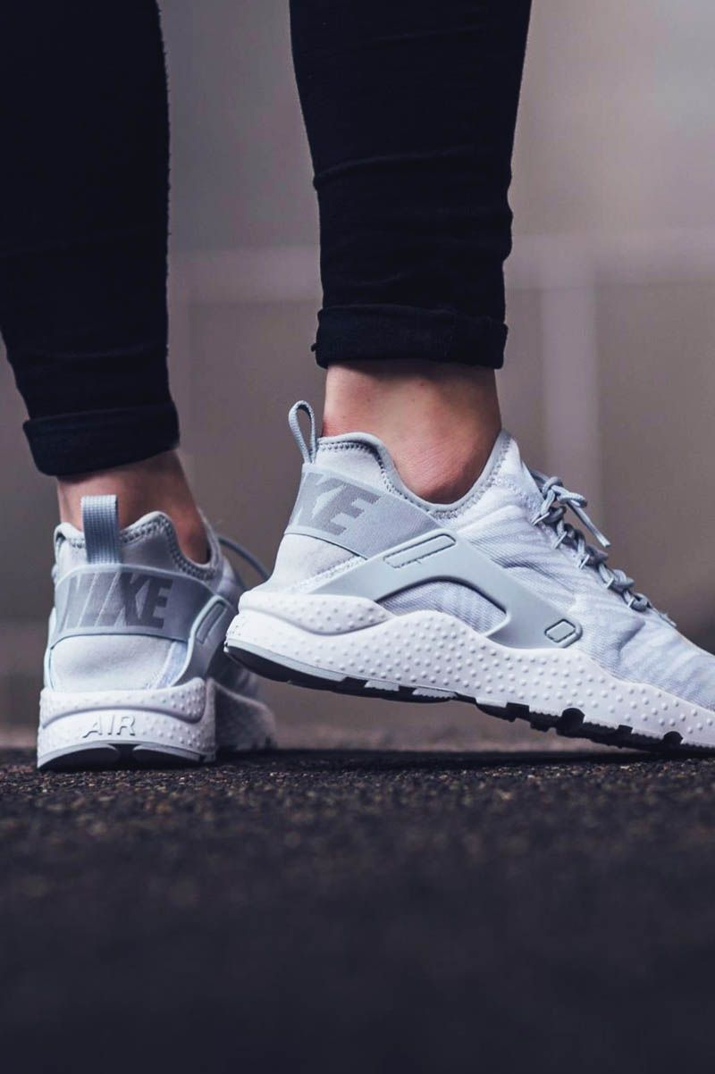 NIKE w Air Huarache Run Ultra #kjcrd #metallic