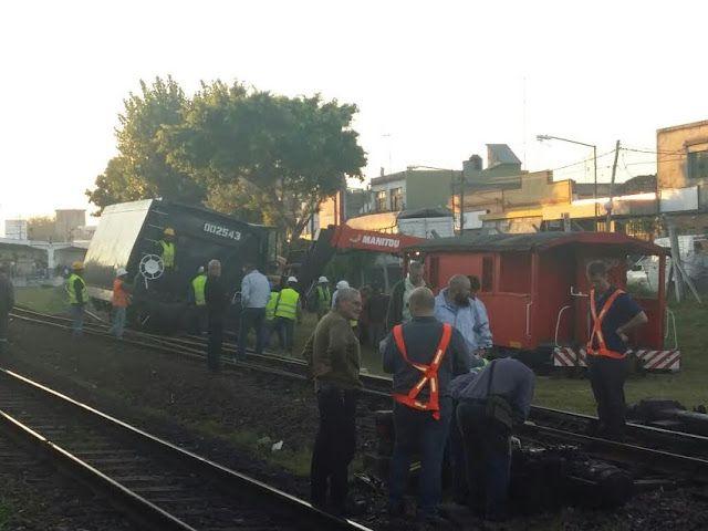 CRÓNICA FERROVIARIA: Línea Belgrano Norte: Descarrilamiento de tren de ...