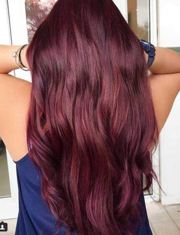 Burgundy hair la tendance coloration de l'automne/hiver
