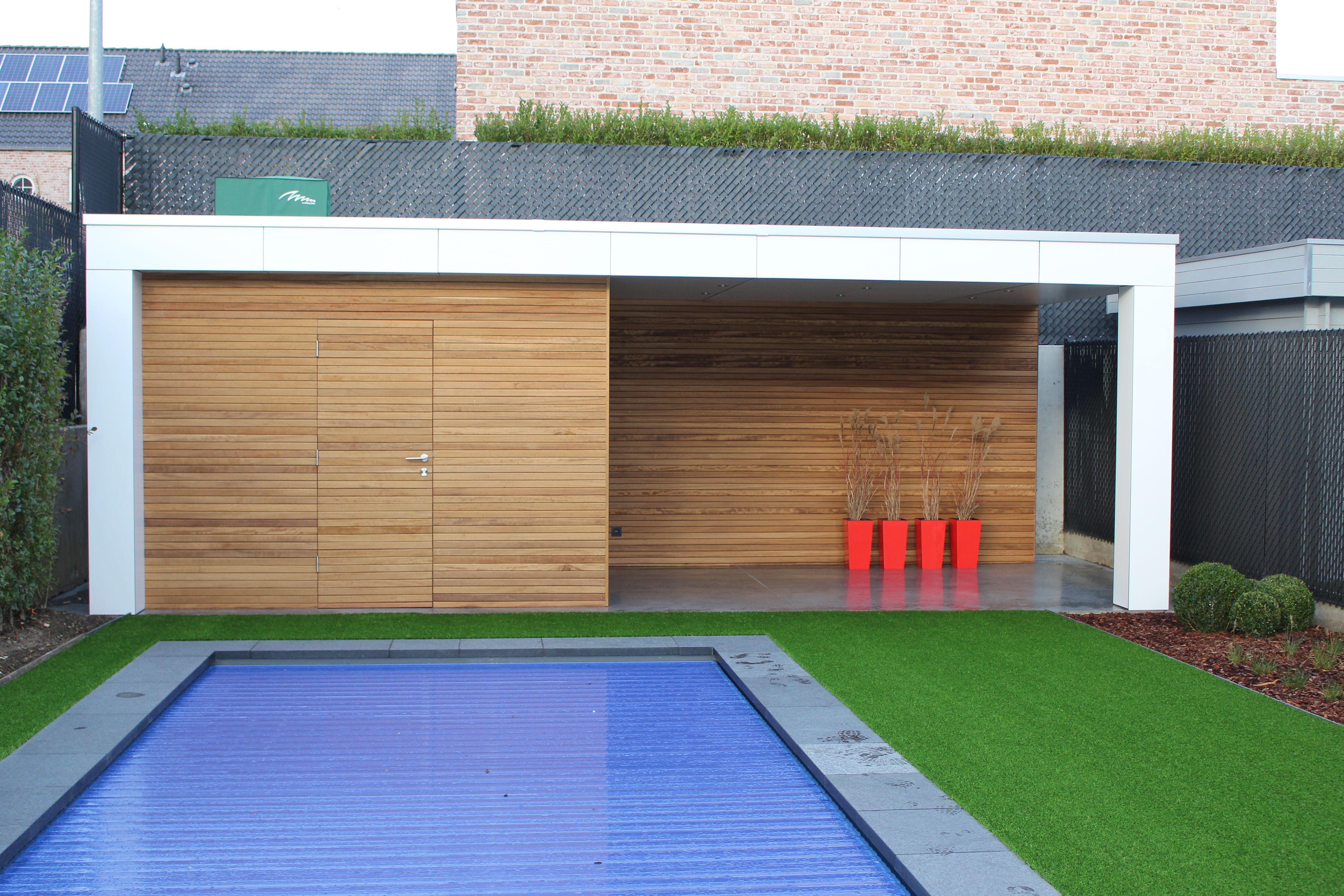 Trespa Douche Afscheiding : Poolhouse bekleed met trespa platen en iroko latten horizontaal