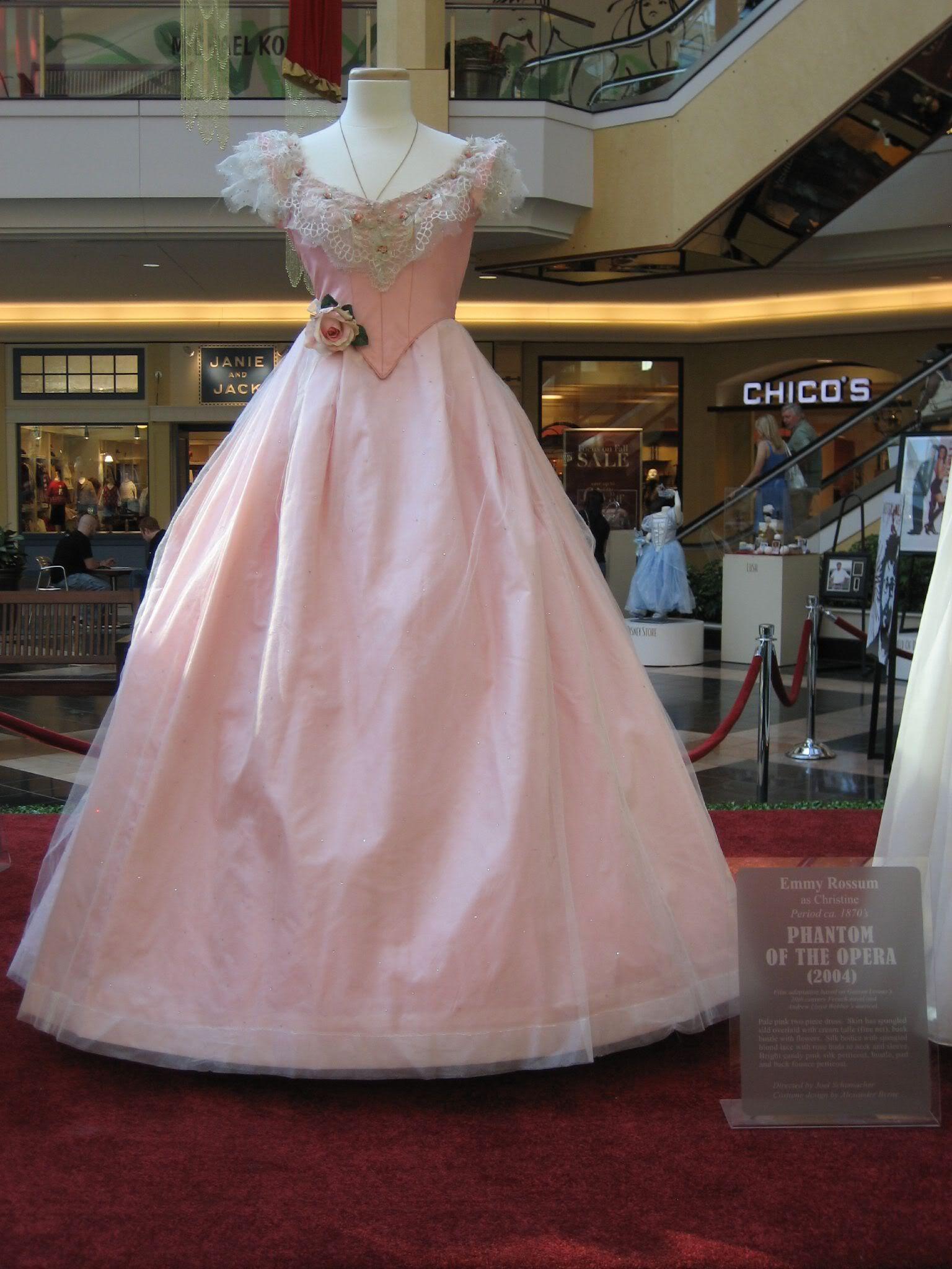 cfc4102d578c Masquerade Dresses, Masquerade Costumes, Masquerade Ball, Movie Costumes,  Cool Costumes, Halloween