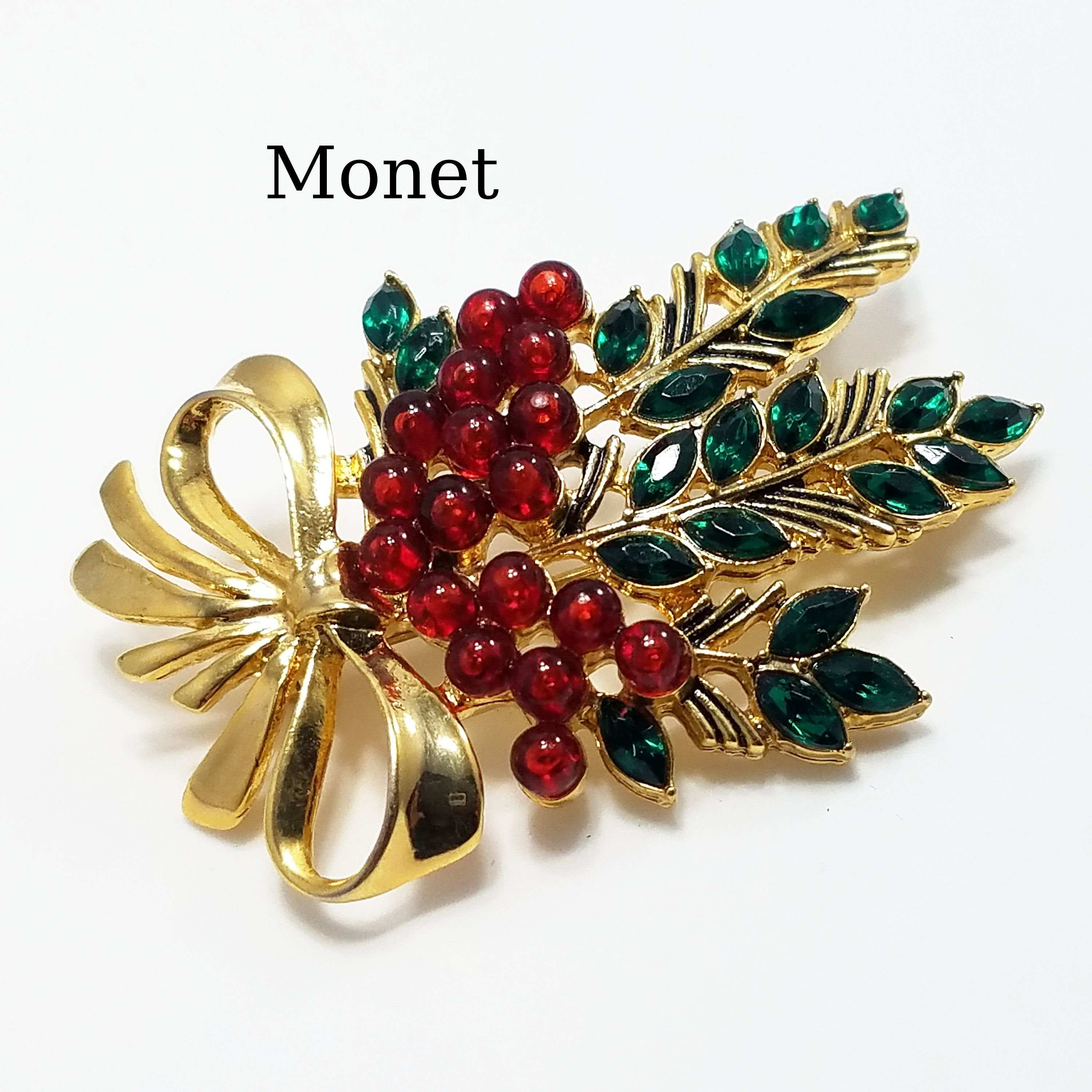 1970s Jewelry Set Holly Berries Brooch and Earrings Fall Jewelry For Women Fall Brooches Enamel Pin Set