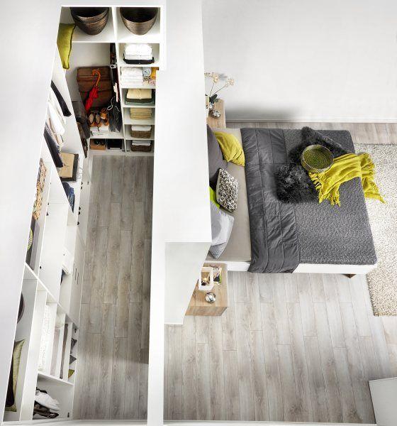 Begehbarer Kleiderschrank hinter dem Bett | Haus/Garten | Closet ...