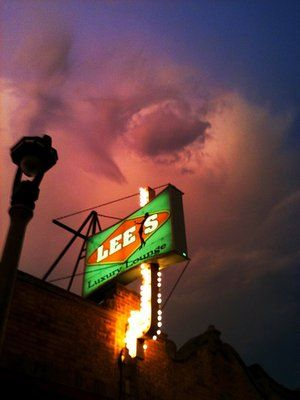 Lee S Luxury Lounge Milwaukee Wisconsin Favorite Places Wisconsin