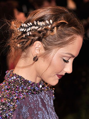 33 New Ways to Braid Your Hair   From splashes of color to funky twists, find out how to update (and upgrade!) your braided style, here.   Read more: 33 Braided Hairstyles - New Hair Braiding Styles - Real Beauty Follow us: @Realbeauties on Twitter | RealBeauty on Facebook  Visit us at RealBeauty.com Minka Kelly