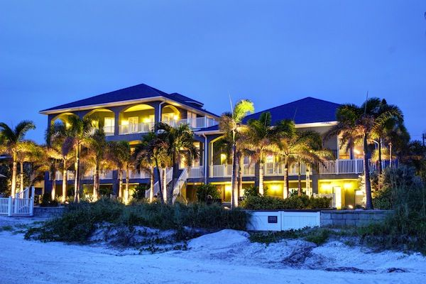 Tampa Bay Home For One Of The Largest Beachfront Homes In Pinellas County Just
