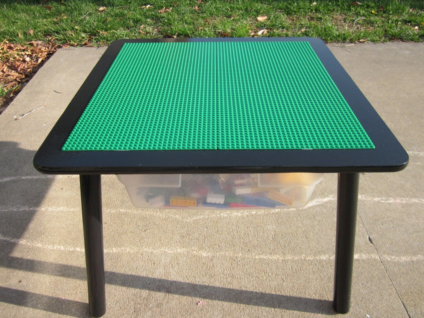 diy lego table gonna have this in my house